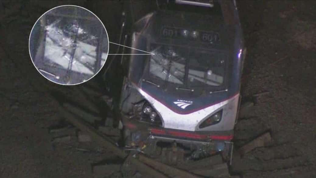 shocking-images-before-amtrak-derails-in-port-richmond